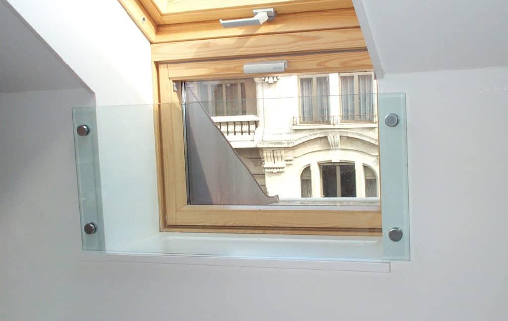 Protection fenêtre grâce à une plaque de verre photo-soudée