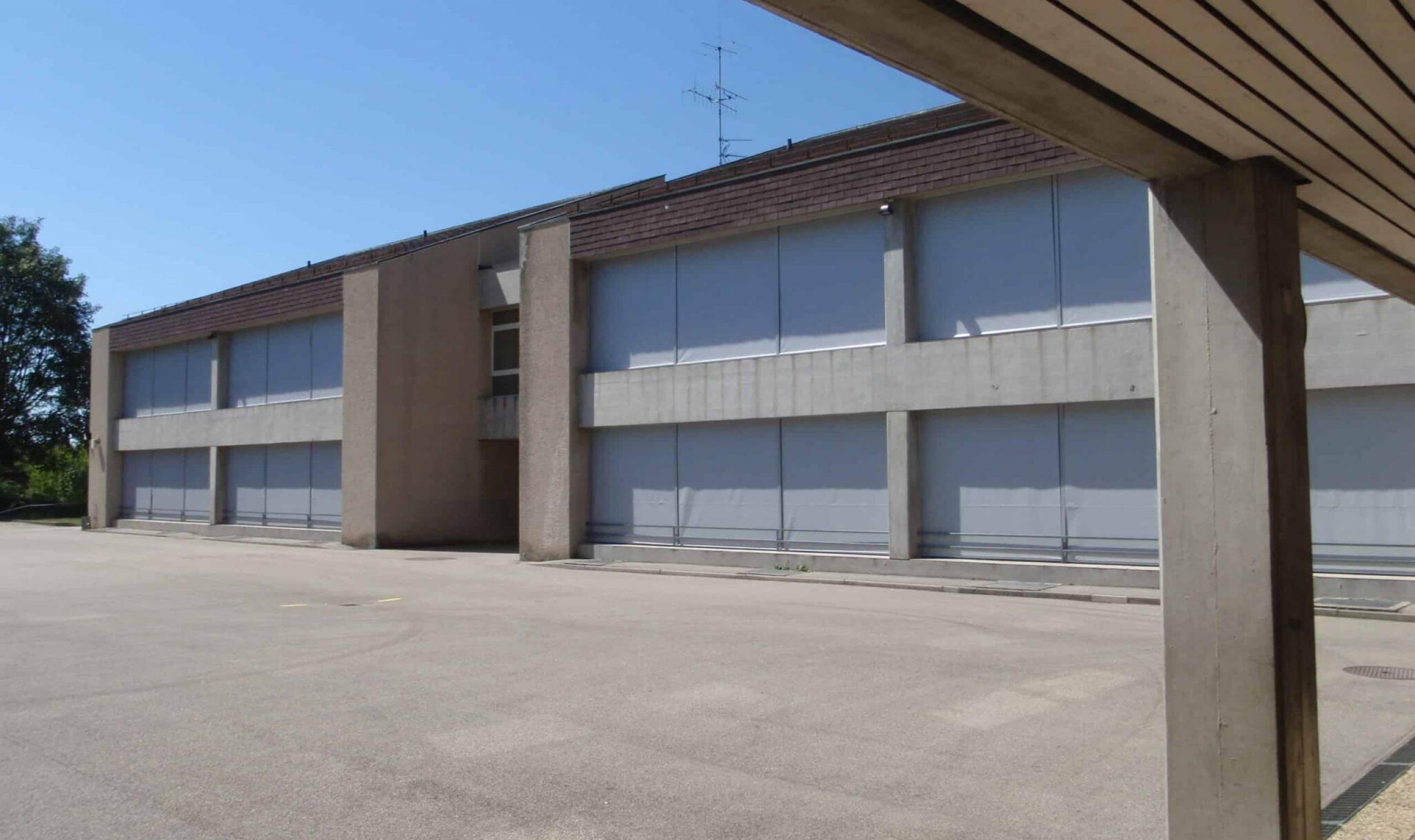 Ecole de Bellerive, stores PL